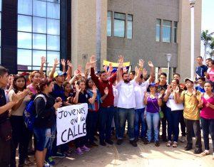 protesta de estudiantes en tribunales 25 de cotubre 2